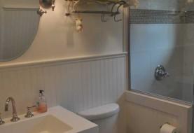 Kincheloe Bathroom