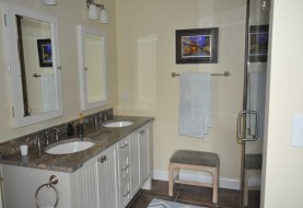 Pine Knoll Shores Bathroom